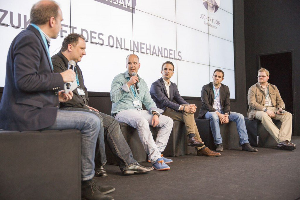 Podiumsdiskussion (v.l.) Jochen Krisch, Dietmar Hölscher, Pedro Klemt, Adrian Hotz, Mirko Platz, Jochen Fuchs